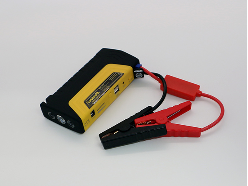 "Car Starter / Powerbank  -  Set Model ""safety hammer"" in der Tasche, LiPo Akku"